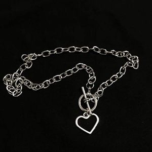 3/$25 Silver toggle chainlink heart necklace